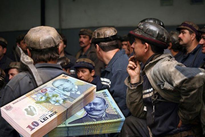 mineri bani 1 8 pe un loc de miner