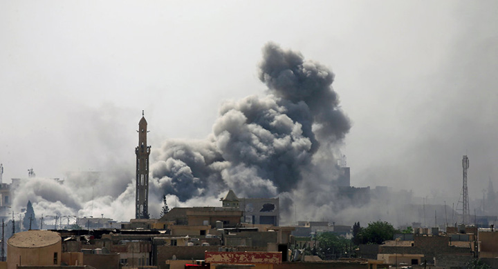 "moschee ISIS dinamiteaza moscheea unde si a proclamat ""califatul"""