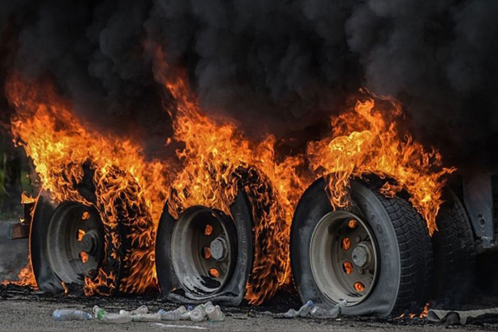 pakistan 1 148 de persoane ucise de explozia unei cisterne