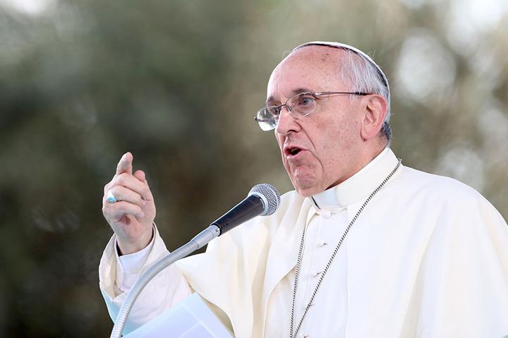 papa Vaticanul vrea excomunicarea mafiotilor si coruptilor