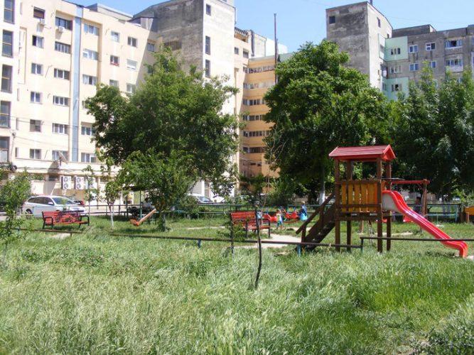 parc demolat 667x500 Batalia pentru primaria Roman: pesedistul Neculai isi extinde afacerile