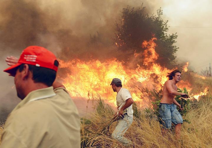 portugalia Portugalia, 57 de oameni ucisi de flacari