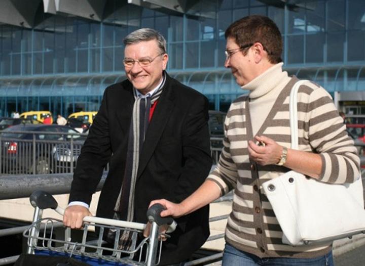 soții sandu Mircea Sandu ramane clientul DNA