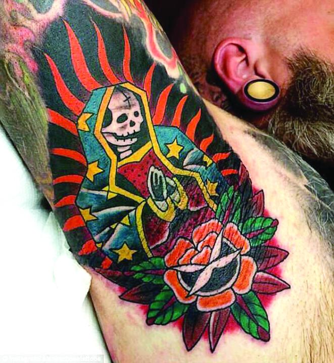 tatuaj 7 Tatuajul la subrat, ultima moda