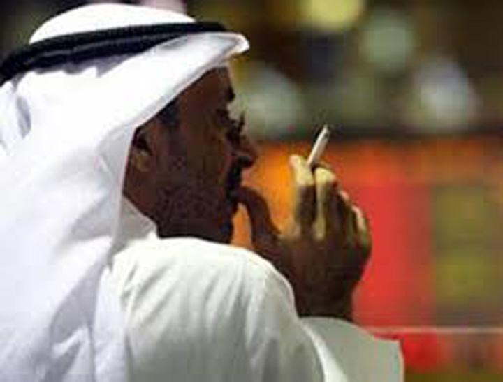 tiraga Petrolul scade, sauditii dubleaza pretul tigarilor