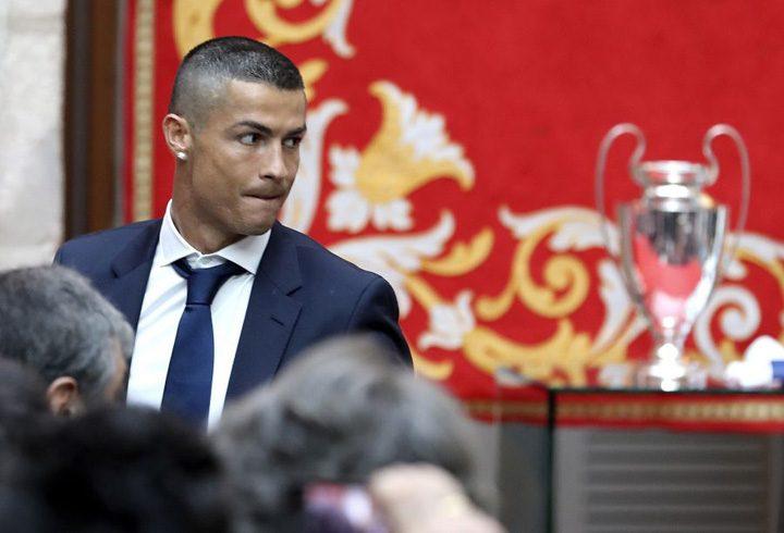 xh 53566824 600.jpg.pagespeed.ic .pxIoljYQPB 720x490 Real Madrid isi umple jucatorii de bani