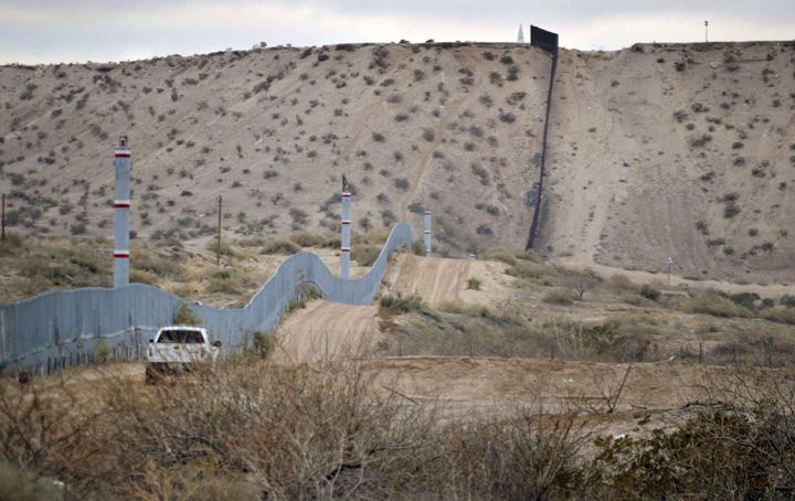 zid mexic Trump vrea zid solar la frontiera cu Mexic