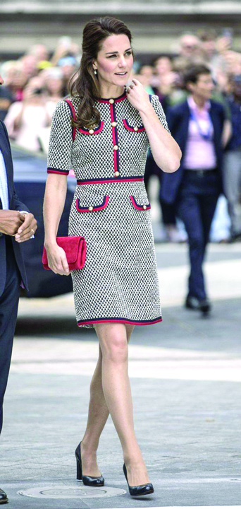 19686487 813087395523929 1390238136 o Ducesa de Cambridge are chipul unei fantome pe genunchi