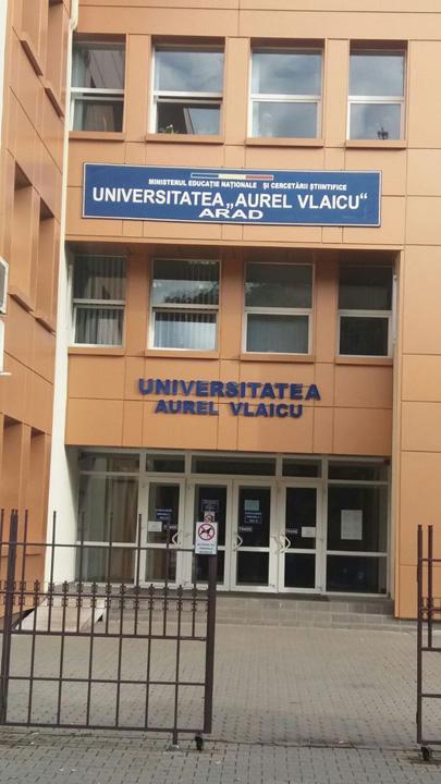 Aurel vlaicu Diplome de licenta fara studii in Arad
