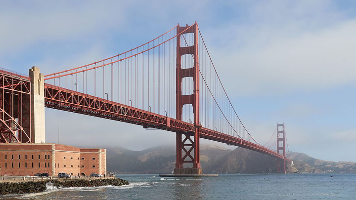 Golden Gate Bridge as seen from Fort Point Cele 7 minuni ale lumii moderne!