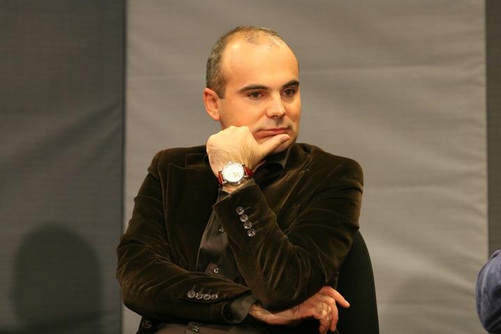 Rares Bogdan 1024x683 Guvernul televiziunilor sau televiziunile guvernului?