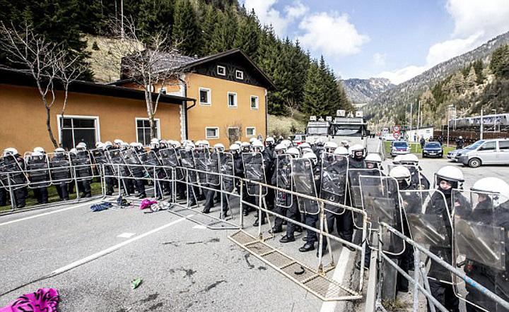 ausstria Austria, fortareata anti emigranti