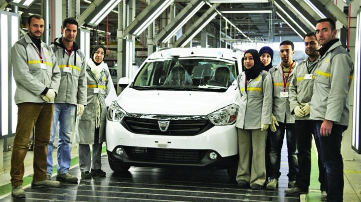 dacia lodgy  tanger   maroc 24513800 1 Dacia poate in Maroc, in Romania, nu!