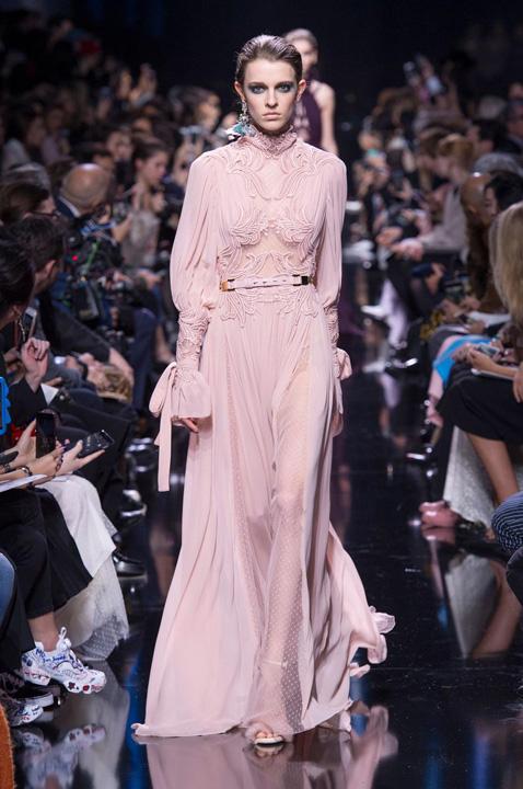 dior robes qui font rever photo 40 Casa de moda Dior a sarbatorit 70 de ani de existenta