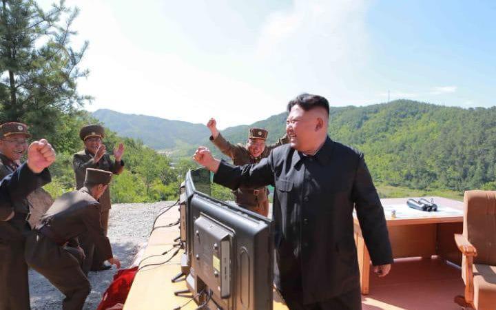 kim SUA si Coreea de Sud simuleaza un atac asupra Phenianului