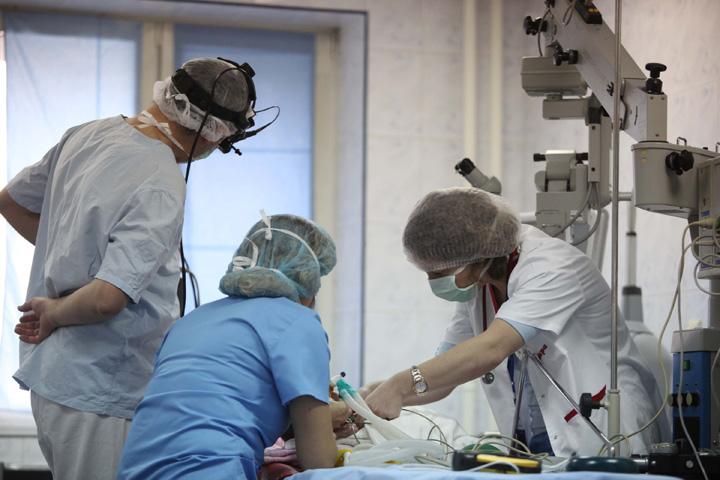 medici Pana sa dea, Guvernul ia