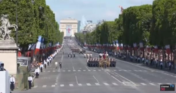 parad3 Trump, la Paris de Ziua Frantei. A asistat la parada alaturi de Macron (VIDEO)