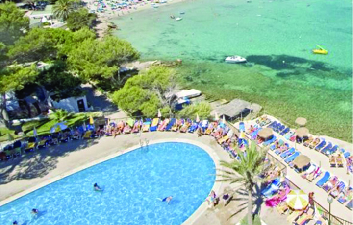spania plangeri Englezii, ravagii in hotelurile spaniole