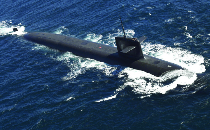 submarin Macron, mai tare ca Putin