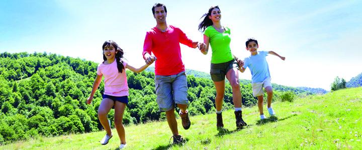tabara famile1 Nou trend: in tabara cu mami si tati