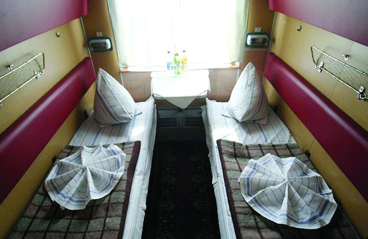 tran3 Ucraina incurajeaza sexul in tren