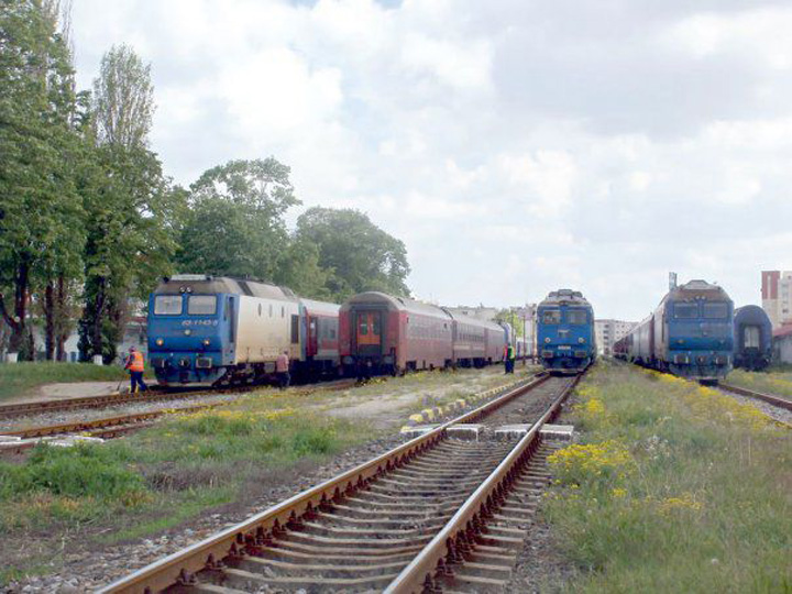12 poza feroviar 12 13 605x CFR abia se taraie, Tudose vrea tren magnetic
