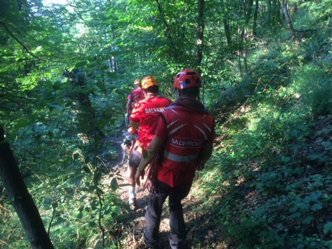 20476238 1785962348361415 6967831408862107627 n salvamont 667x500 Turistii au dat alarma: cadavru descoperit pe munte, in Brasov/Victima, identificata