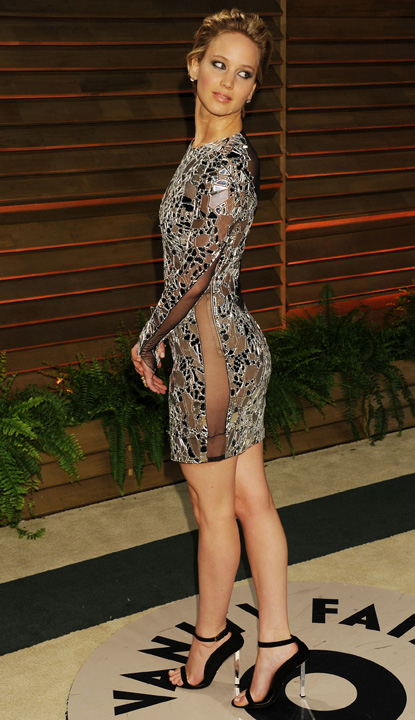 8It0X53 Jennifer Lawrence Is Sexy 54 Photos s1731x3000 427628 Emma Stone a incasat 26 milioane de dolari