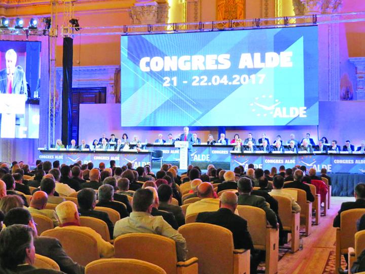 ALDE ALDE, concurenta si santaj la PNL