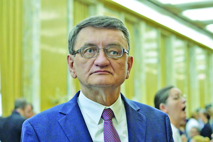 Victor Ciorbea strategia anticoruptie LM 2203 Avocatul Poporului, paranghelie regeasca pe bani publici