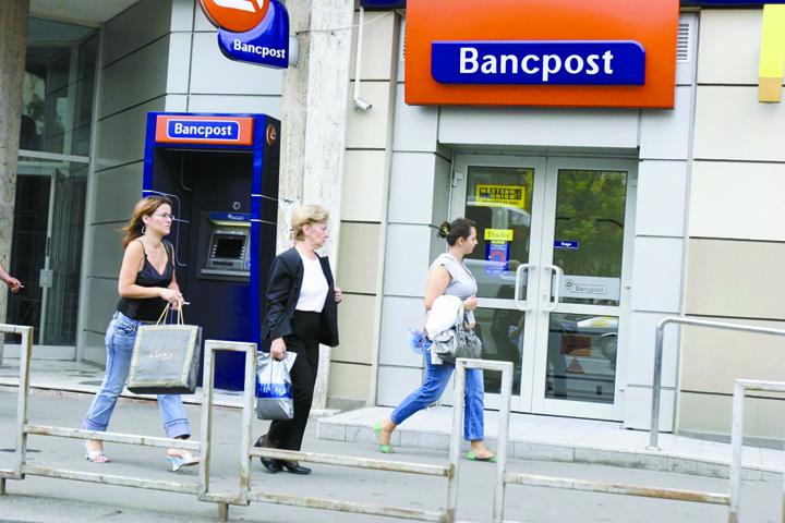 bancpost Rothschild pune umarul la cumpararea Bancpost
