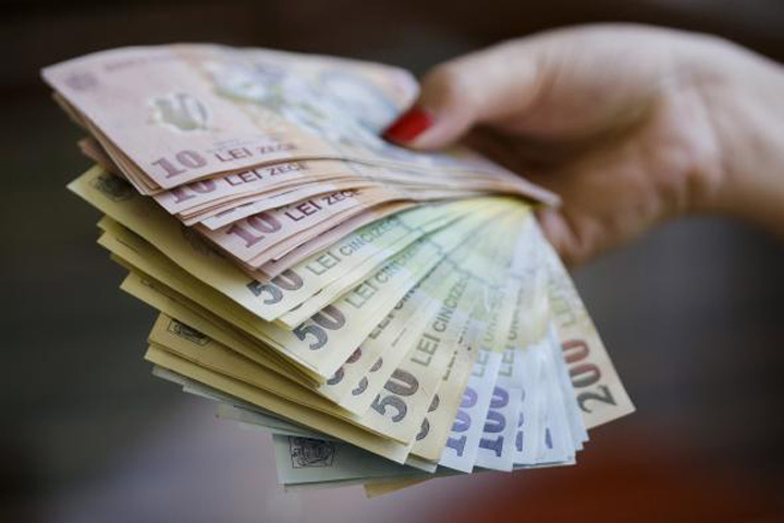 bani 2 Guvernul da din nou tarcoale Pilonului II de pensii