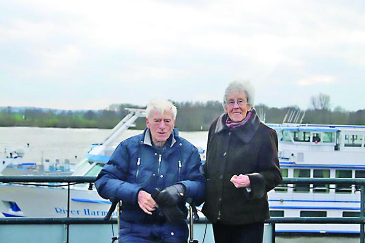 batrani Eutanasiati impreuna dupa 65 de ani de casatorie