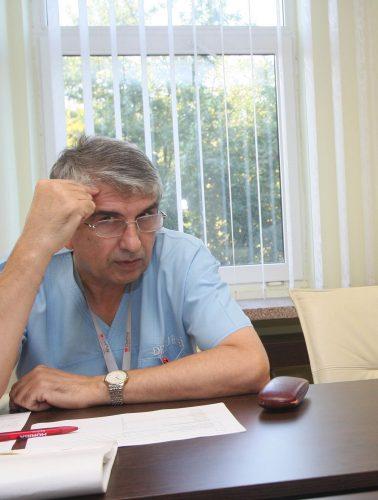 burnei 378x500 Decizie definitiva: Medicul Burnei nu poate profesa in unitatile din sistemul public