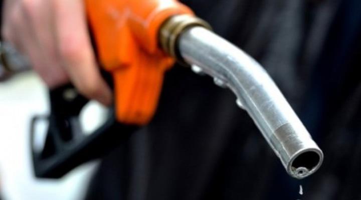 combustibles Carburantii dau foc coalitiei