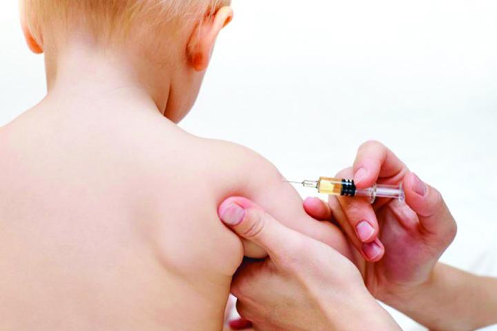 copil vaccin 0 Biserica sustine vaccinarea