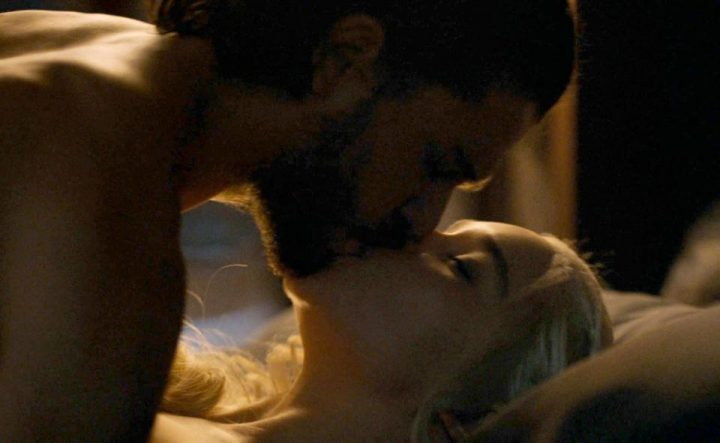 game 2  720x443 Incest in Game of Thrones. Fanii sunt scandalizati