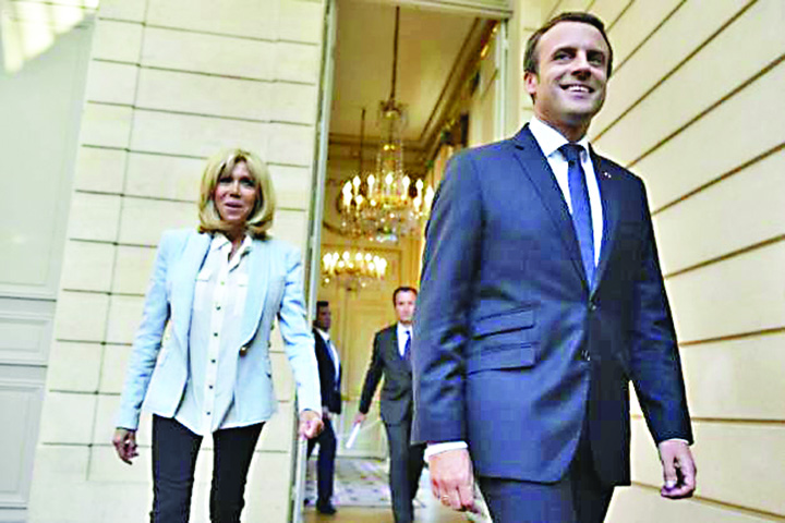 macroni Francezii nu vor Prima Doamna