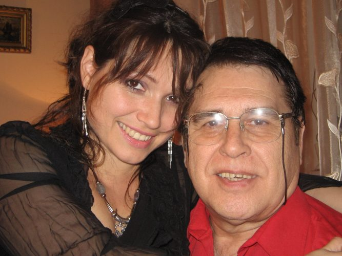 media 147921115634192400 667x500 A murit Patricia, fata cunoscutului compozitor Marius Teicu