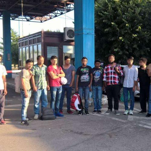 migranti 2 500x500 Baraj spart ca n filme, la grantia Romaniei