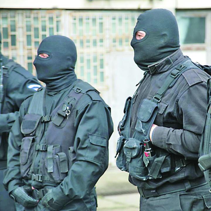 perchezitii diicot DIICOT, calare pe  Jandarmerie: santaj si camatarie