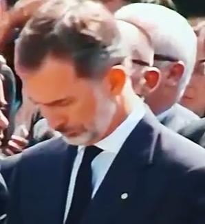 rege Trei zile de doliu in Spania. Regele si premierul, moment de reculegere la Barcelona (VIDEO)