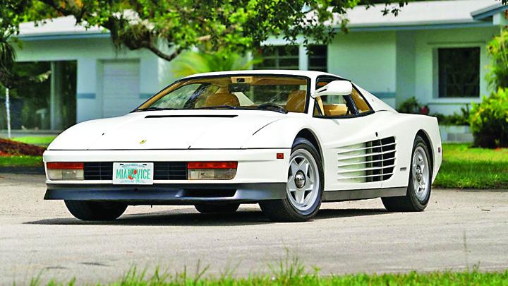 testarossa Ferrari pierde numele Testarossa