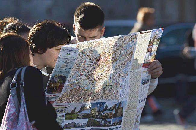 turisti 1 STS, calare pe turistii din Romania