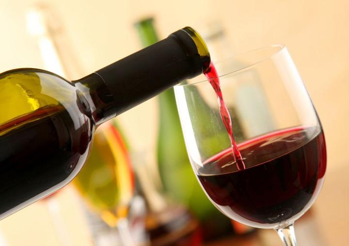 vin22 Marinarii romani cer vin