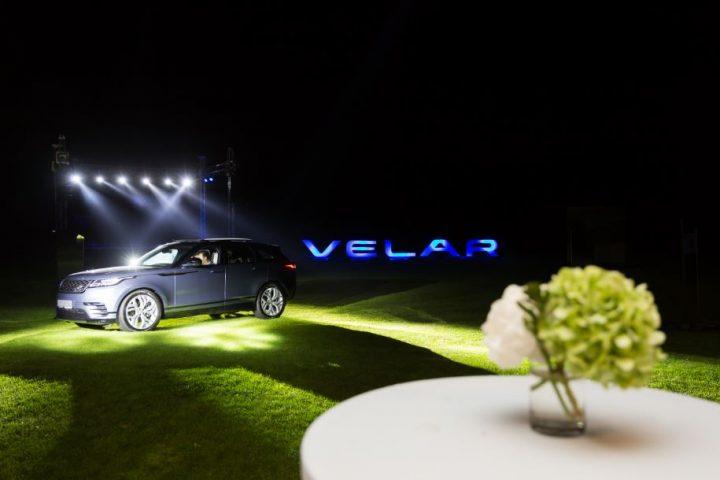 10 720x480 Al patrulea membru al familiei Range Rover   Velar. Acum in Romania!