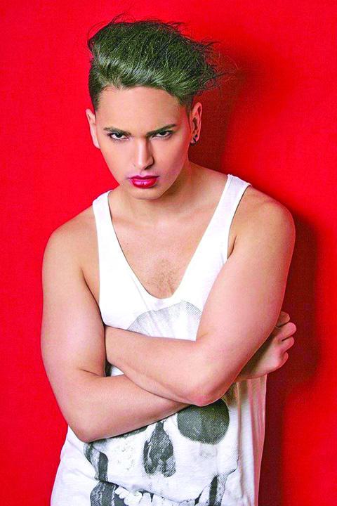 21397062 852165091616159 1508695992 n Sfinte Sisoe! El e primul transgender care isi vinde virginitatea la licitatie