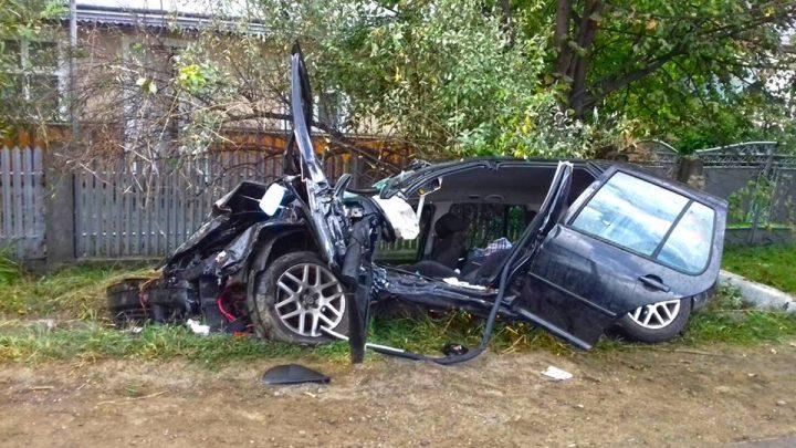 21740304 1910129169234847 4654852660283875597 n accid 720x405 Sofer descarcerat dupa un accident grav, cu trei autovehicule, produs in Suceava