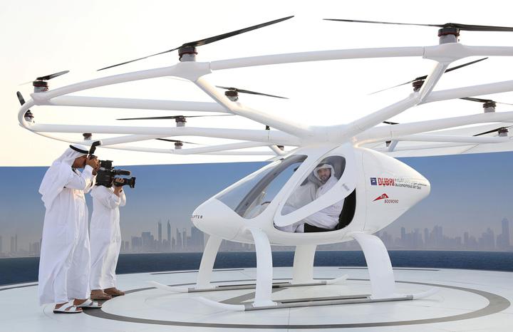 4 3 Dubai, primul oras cu taxiuri zburatoare
