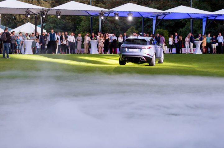 5 720x477 Al patrulea membru al familiei Range Rover   Velar. Acum in Romania!